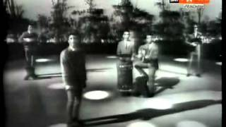 Super rare 1961 clip of the Tokens in an italian TV show