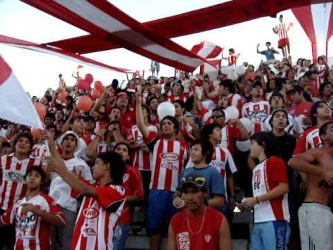 """""""HINCHADA DE SAN MARTIN DE MEDOZA"""" Barra: Los Leones del Este • Club: San Martín de Mendoza"""