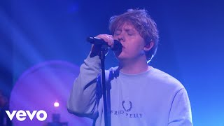 Lewis Capaldi - Someone You Loved (Live on Ellen) - YouTube