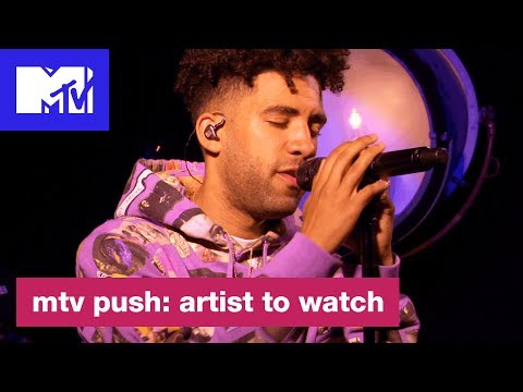 "Kyle Performs Kid Cudi's ""The Pursuit of Happiness"" 