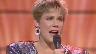 Anne Murray - Now And Forever (Live)