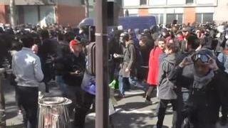 Во время парижских беспорядков петарда попала в корреспондента ВГТРК