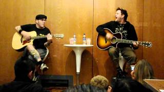 Bowling For Soup - Stacy's Mom - Acoustic - Live