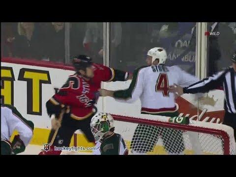 Clayton Stoner vs Tom Kostopoulos