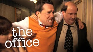 Andy Tears His Scrotum - The Office US