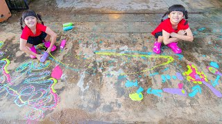 หนูยิ้มหนูแย้ม วาดสีบนพื้นหน้าบ้าน