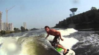 Смотреть онлайн Серфинг в российской речке