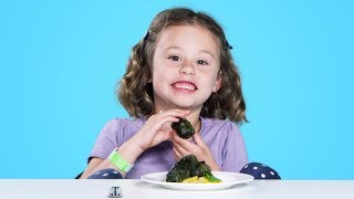 Kids Try Syrian Food | Kids Try | HiHo Kids