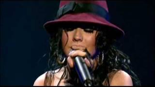 "Christina Aguilera ""Cruz"" reprise"