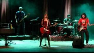 Amor Equivocado - Fabiana Cantilo