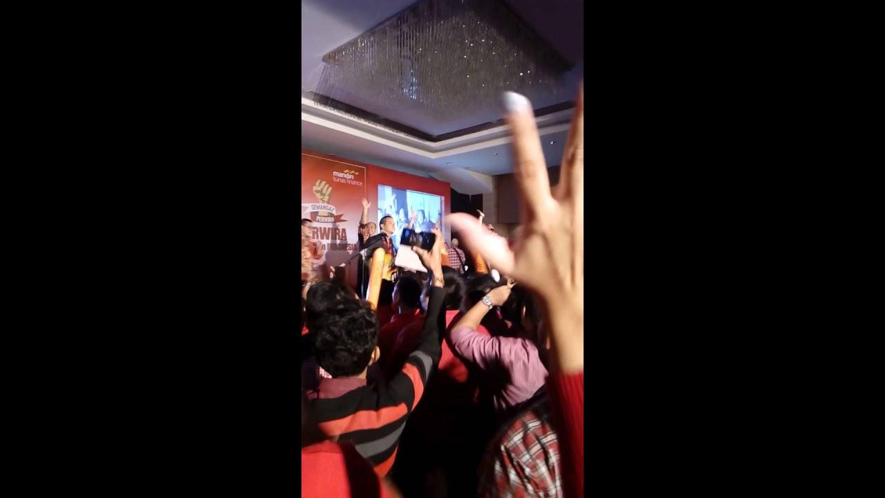 Nidji Performance on PT Mandiri Tunas Finance 7th