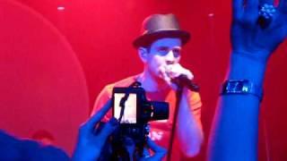 Joey McIntyre - If I Run In to You - Toronto