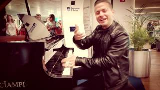 Un piano nell'aeroporto di Roma Fiumicino  - Matthew Lee plays back again in Fiumicino Airport!