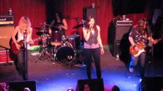 The Donnas - Fall Behind Me - Live from The Note, West Chester, PA - 3/27/10