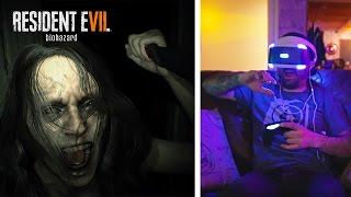 PlayStation VR Review: Resident Evil 7 = SCARY! 😱