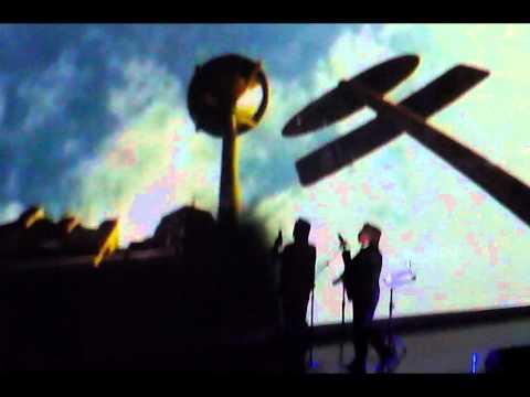 RICARDO MONTANER HONDA Audio Original con Fotos del Luna y Gran Rex.wmv