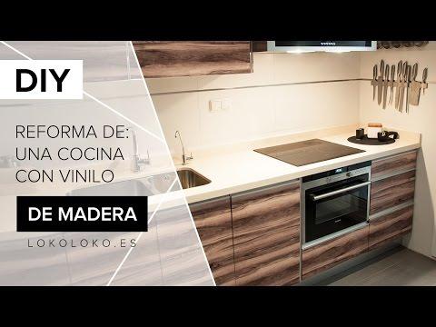 Reforma los muebles de tu cocina con vinilos de imitación madera