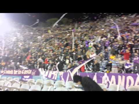 """Defensor Recibimiento vs Atl. Nacional Copa Libertadores 2014"" Barra: La Banda Marley • Club: Defensor"
