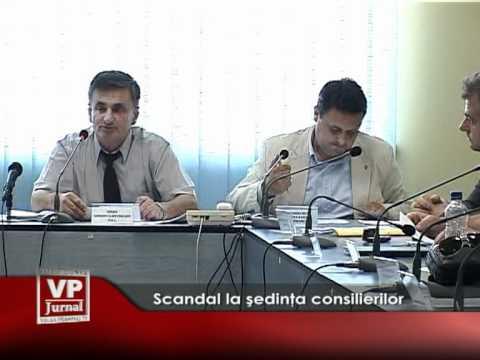 Scandal la şedinţa consilierilor