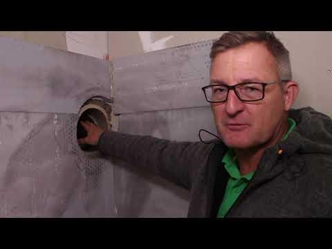 Haus-Umbau: Der neue Kamin wird aufgebaut