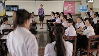 【宇哥】一所噩梦般的学校,老师学生都是冷血动物、毫无人性!高分惊悚片《鬼校亡友:血迹》