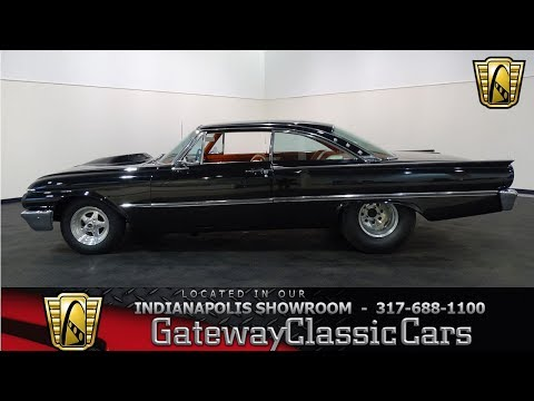 874-NDY 1961 Ford Starliner