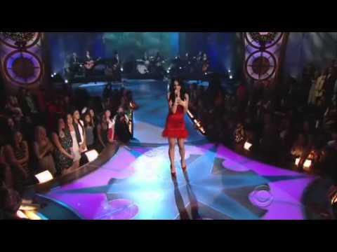 KATY PERRY -  FIREWORKS - Grammys Awards 2011(HQ-856X480)