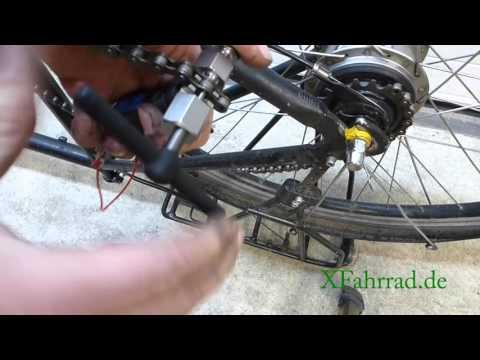 Aufziehen einer Fahrradkette mit Kettenschloss (Snap On)