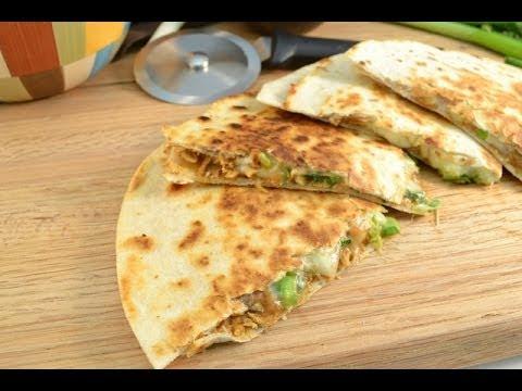 Video How to Make Quesadillas - Chicken Quesadillas Recipe | RadaCutlery.com