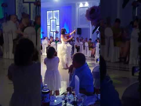 шоу на молдавской свадьбе