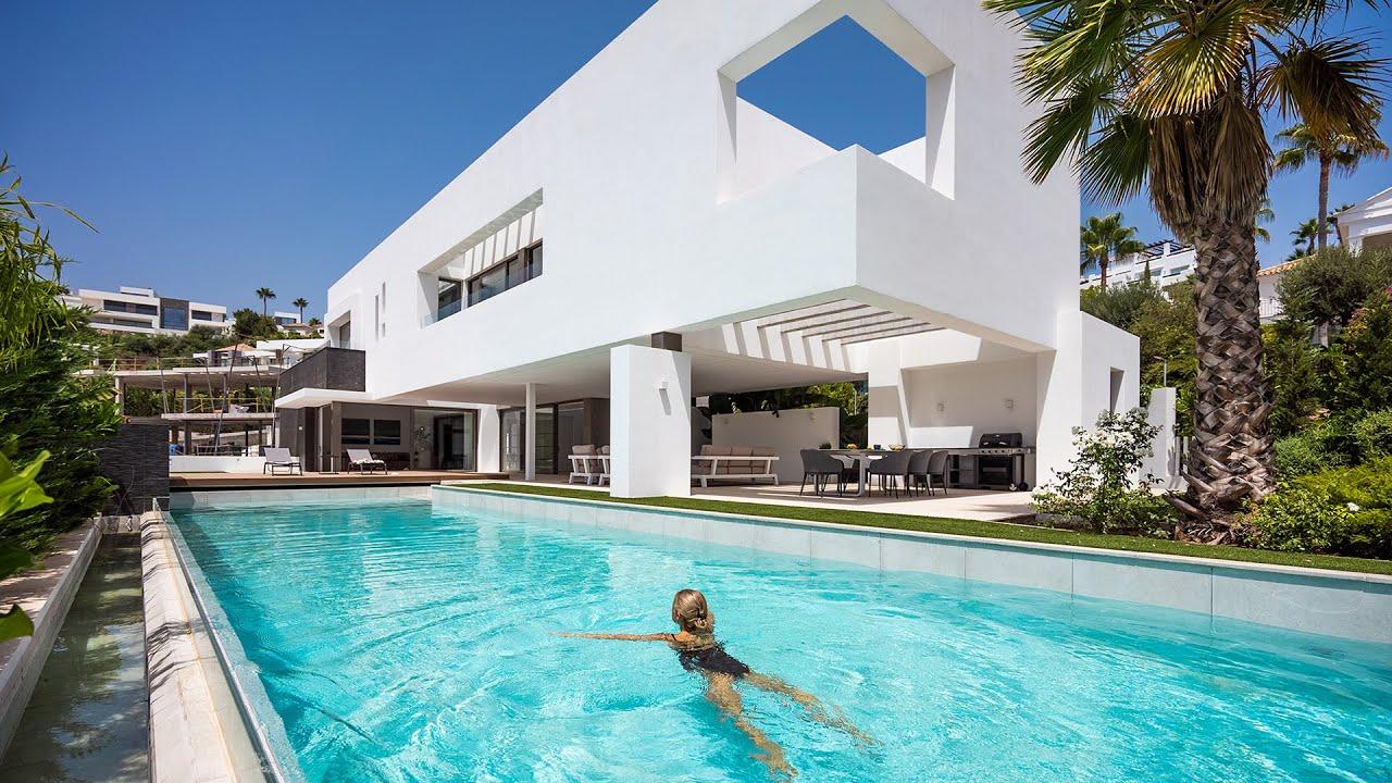 Helt ny stilfull modern villa i La Alqueria, Benahavis