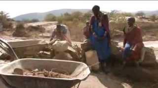 preview picture of video 'Nariku: Bauen für eine bessere Zukunft'