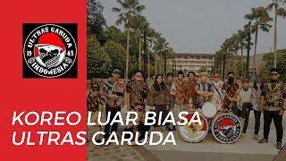 Koreo Luar Biasa dari Kelompok Ultras Garuda di Stadion Kapten I Wayan Dipta