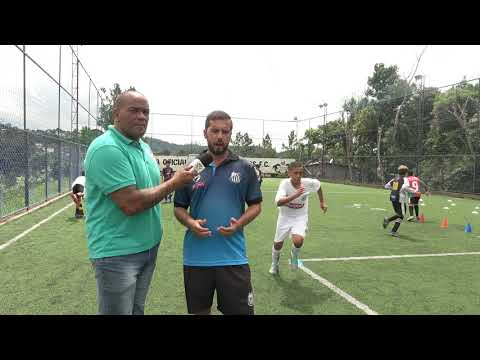 Venha conhecer a Escolinha de Futebol do Santos  Futebol  Clube de Juquitiba com o Treinador Renato.