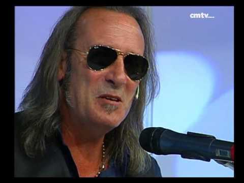 Manuel Wirzt video Hoy te necesito - Estudio CM 2014