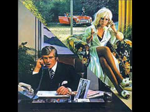 10cc   Don't Hang Up with Lyrics in Description