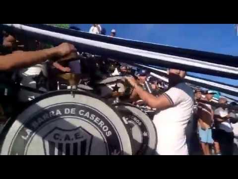 """""""Los pibes de los bombos / La Barra De Caseros."""" Barra: La Barra de Caseros • Club: Club Atlético Estudiantes"""
