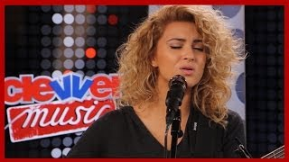Tori Kelly 'Paper Hearts' Acoustic Performance