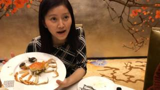 Eat hairy crab like a pro, find two yolks in every egg