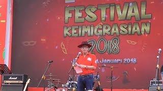 Kenakan Topi Cowboy Menteri Yasonna Laoly Resmikan Festival Keimigrasian 2018