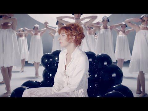 Mylène Farmer - Lonely Lisa (Clip Officiel HD)