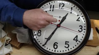 1940s GENERAL ELECTRIC WALL CLOCK - Maintenance & Cleaning