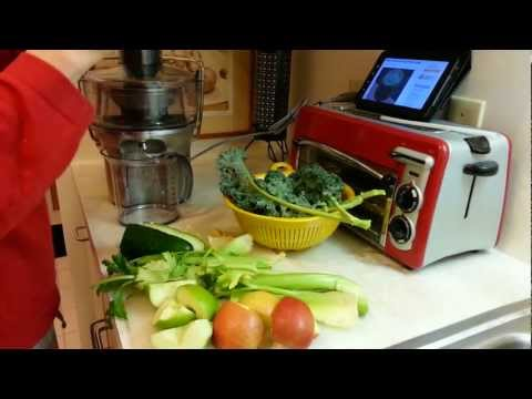 Breville Compact Juicer: BJE200XL +
