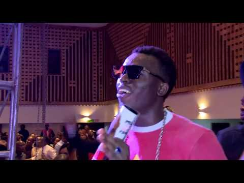 OLAMIDE AT FUNNYBONE UNTAMED (Nigerian Comedy & Entertainment)