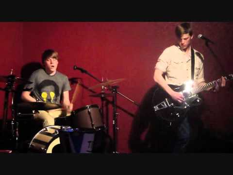 Soft as it gets- THE WATERS BROTHERS (live @ the Dawg Pound)