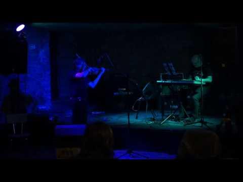 Sbor hudby - Příběh Sboru hudby, Cafe V lese