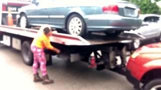Tow girl buying a junk car at pompano Beach FL 9545983735