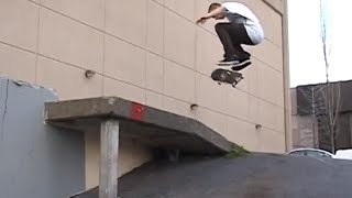 preview picture of video 'Skateboarding in Seattle - Josh (@Tragedy_Jones) Peterson'