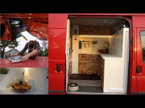 Van Umbau: Ford Transit für VanLife ausgebaut