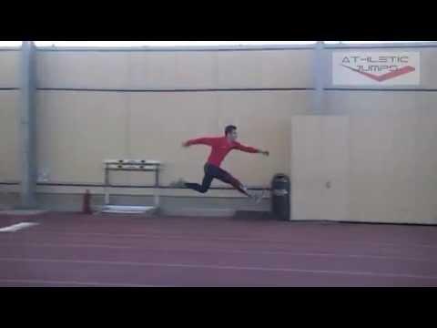 Nine alternate leg bounds + jump (Δεκαπλούν)